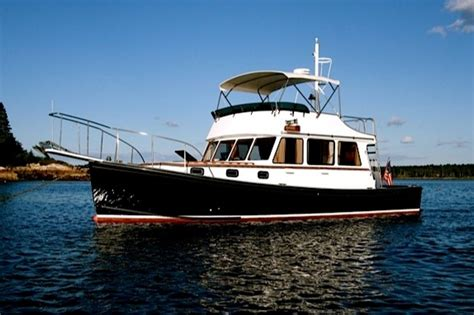 young brothers boats 1985 young brothers flybridge 40 cruiser boats for sale