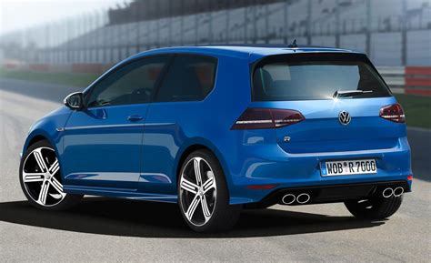 News The 2015 Volkswagen Golf R Hatchback Review