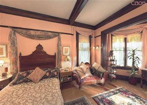 bellenden manor 6133 5 bedrooms and 5 5 baths the charmed bedrooms halliwell manor piper leo s bedroom