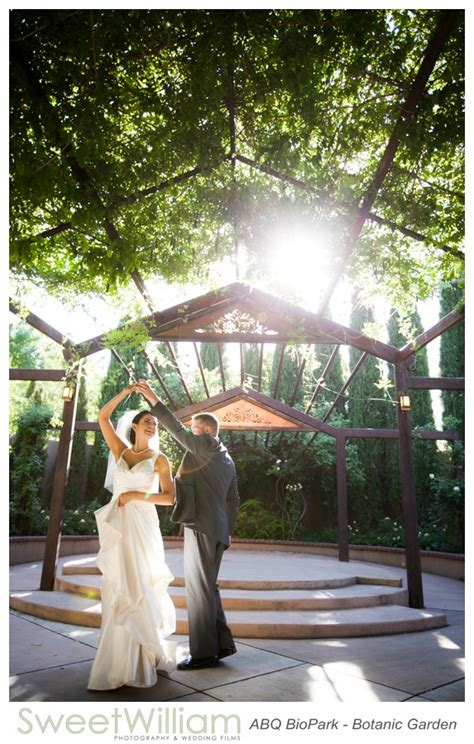Albuquerque Botanical Gardens Wedding Botanic Garden Shark Reef Cafe Wedding 1 Sweet William Photography