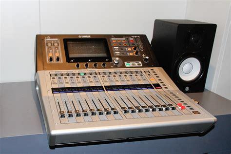 Mixer Digital Yamaha Tf1 yamaha tf series digital consoles for small budgets