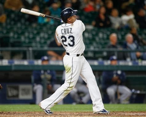 Mlb How Nelson Cruz Made Home Run History In 2015 Page 2