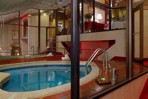Steam Shower Whirlpool Bath cove haven poconos romantic getaways pocono mountain