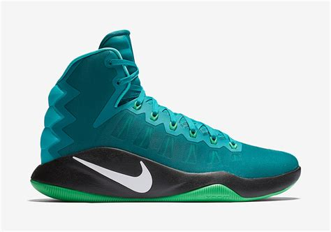best basketball shoe colorways preview six upcoming colorways of the nike hyperdunk 2016