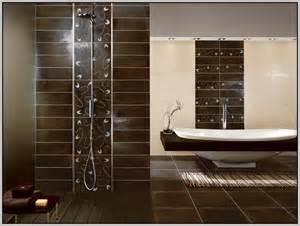 Tapezieren Ideen Braun Wei Badezimmer Fliesen Ideen Braun Badezimmer Fliesen Ideen