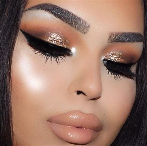 Eyeshadow Gold 25 best ideas about gold eyeshadow on gold