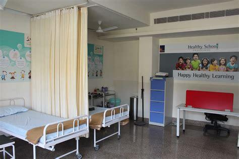 school health room supplies image gallery school clinic
