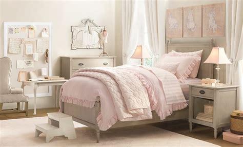 Bien Chambre Taupe Et Rose Pale #1: couleur-mur-gris-perle-mobilier-gris-lit-commode-chaise-table-de-nuit-grise-id%C3%A9e-d%C3%A9co-chambre-vintage-chambre-rose-et-gris-e1488977652815.jpg