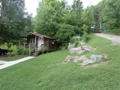 Raccoon Mountain Cabins by Porch Of Cabin 4 Picture Of Raccoon Mountain Rv Park And