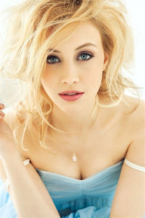 download image sarah mutch hot pc android iphone and ipad sarah gadon wallpapers images photos pictures backgrounds