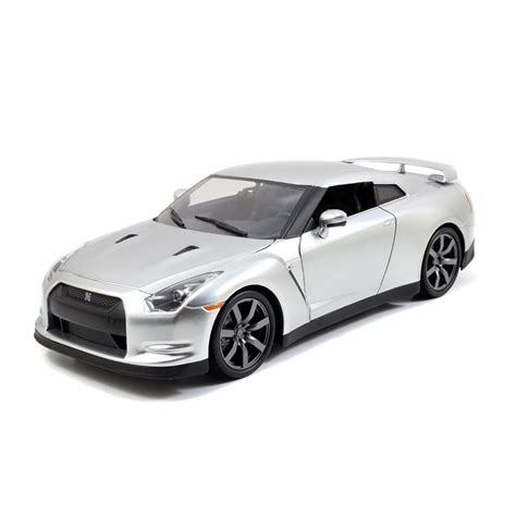 Fast Furious Brians Nissan Gt R R35 Silver fast furious 1 18 furious 7 brian s nissan gt r