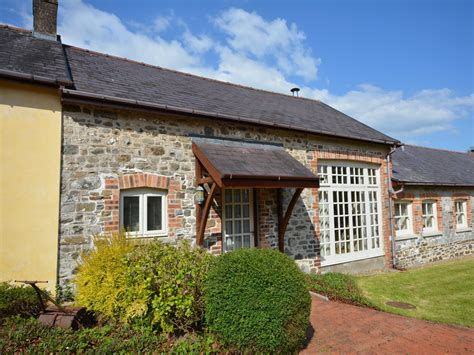 teifi cottage dog friendly cottage in carmarthen mid