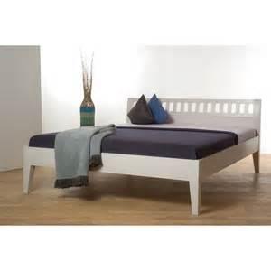 bett 180x200 weiß funvit kleines schlafzimmer in weiss