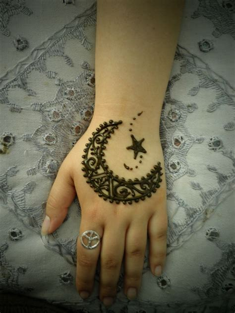 simple henna tattoo meaning top 16 easy mehndi design to wear on eid indian makeup