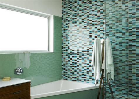 how to use bathtub shower 4 best bathroom wall surface options
