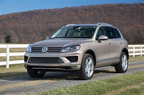 volkswagen touareg 2017 2017 volkswagen touareg reviews and rating motor trend