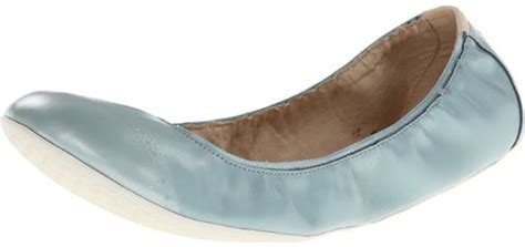 Most Comfortable Flats For Walking by Top 10 Most Comfortable Flats For Walking
