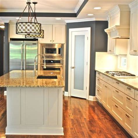 Corner Kitchen Pantry Ideas by 17 Best Ideas About Corner Kitchen Layout On