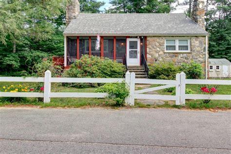 Cottage Rentals In York Maine Cottage Rental With Porch In York Maine