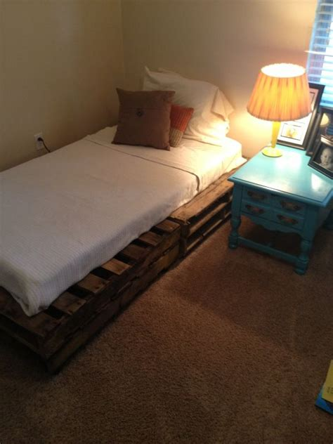 Pallet Mattress by Pallet Addicted 30 Bed Frames Made Of Recycled Pallets