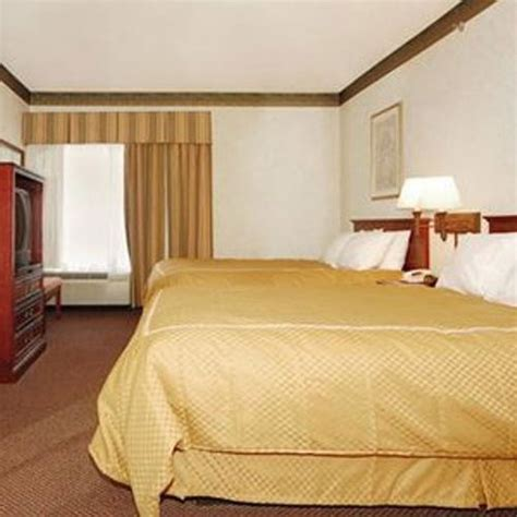 comfort suites in newark nj comfort suites newark newark nj aaa com