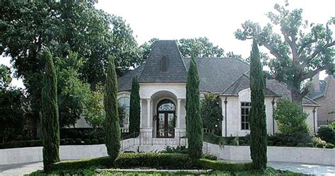 french chateau house plans pin by angie mclamb on french style houses pinterest