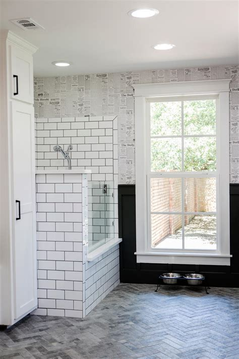 fixer upper wallpaper photos hgtv s fixer upper with chip and joanna gaines hgtv