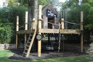 Backyard Zip Line Kits by Kids Tree Forts On Pinterest Kid Tree Houses Backyard