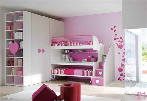 giochi di a letto letto pratico e funzionale letti a