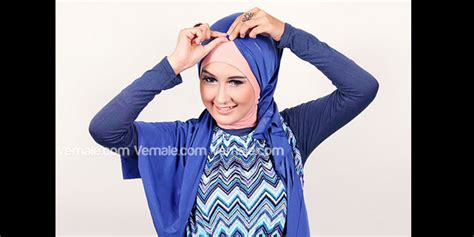 tutorial pashmina gaya turban cara pakai hijab jilbab gaya turban dengan pashmina metalik