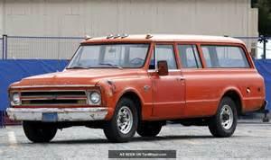 1968 chevy carryall suburban