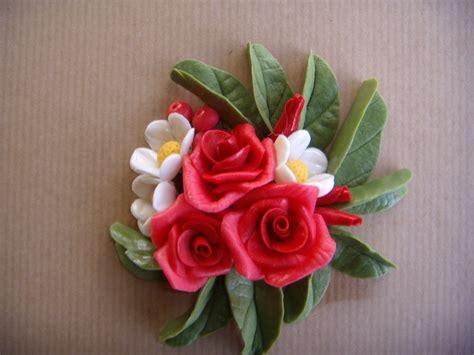 fiori in pasta di mais composizione con fiori in pasta di mais per la casa e