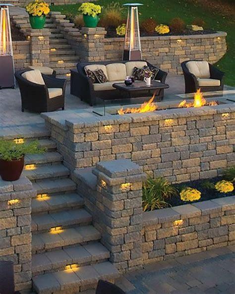 Landscape Supply Medina Ohio Hardscape Retaining Wall From Valley City Supply In Medina