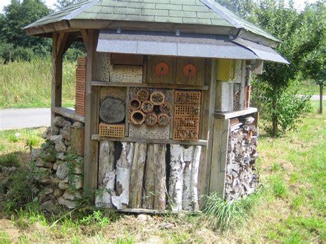 haus tipps insekten hotel how to build a bug hotel garden activities