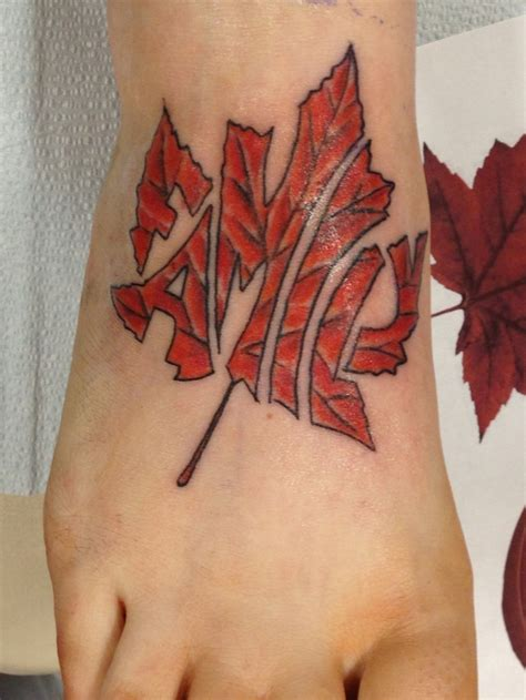 canadian maple leaf tattoo designs best 25 canadian ideas on maple leaf