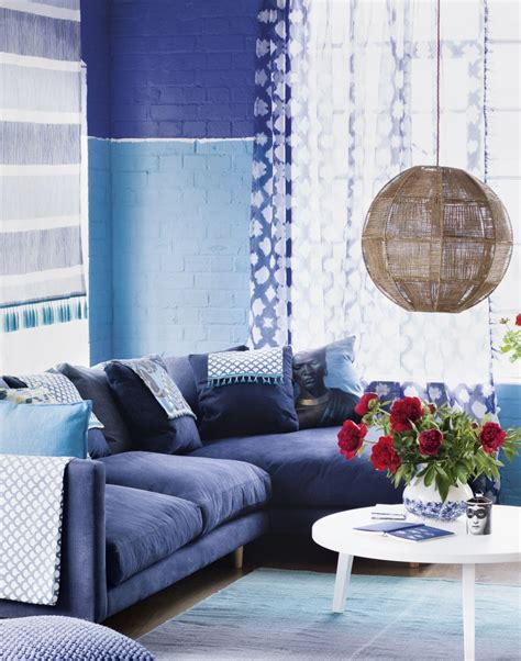 wallpaper to match grey sofa bring your living room to life with a well chosen window
