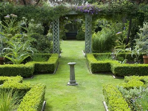 what is a formal garden pictures of formal gardens diy garden projects