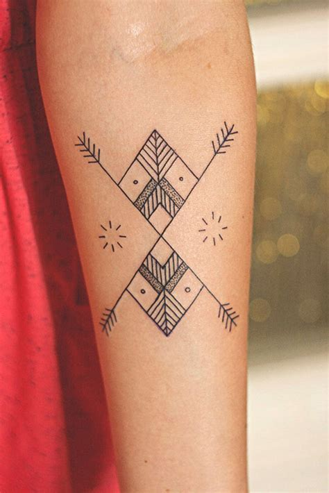basic girl tattoos 25 simple designs
