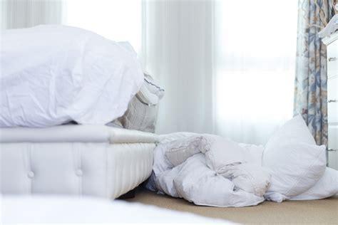 matratzen reinigen matratzen topper waschen 187 anleitung in 4 schritten