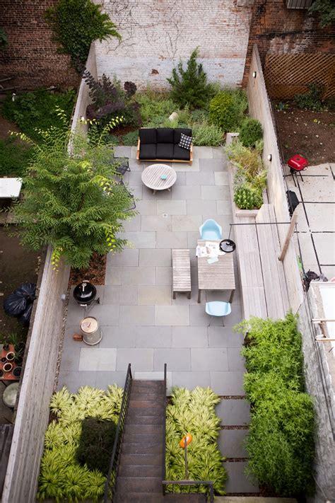 Garden Designer Visit A Low Maintenance Brooklyn Backyard Eco Garden Ideas