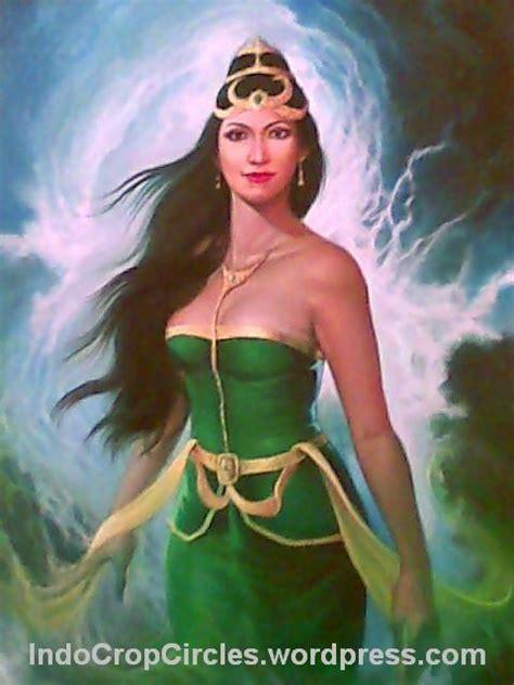 film misteri ratu pantai selatan misteri monas wanita di obor api tugu monas jakarta nyi