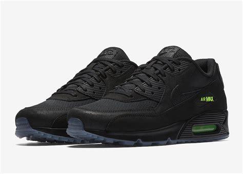 Jaket Vans Volt Black nike air max 90 black volt aq6101 001 sneaker bar detroit