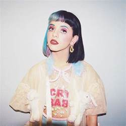 Melanie martinez things for a nice profile