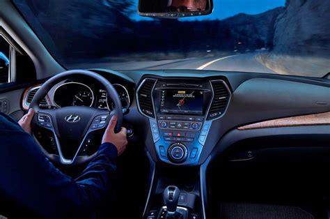 Hyundai Santa Fe Interior by 2018 Hyundai Santa Fe Interior View Motor Trend