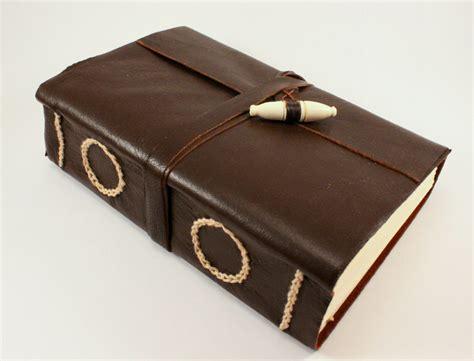Handmade Leather Journal - handmade leather journal by gatzbcn on deviantart