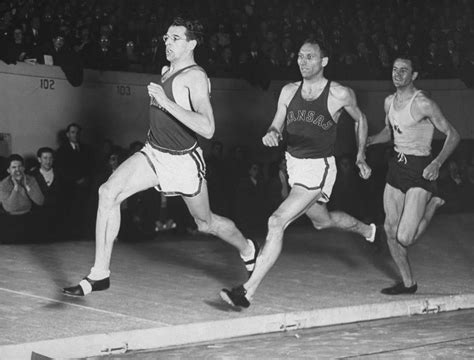 picture   track race  madison square garden