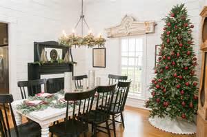 Gaines fixer upper kitchens rooms magnolia farms furniture fixer upper