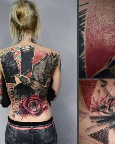 schwarzer rabe rote rose tattoo tattoovorlage