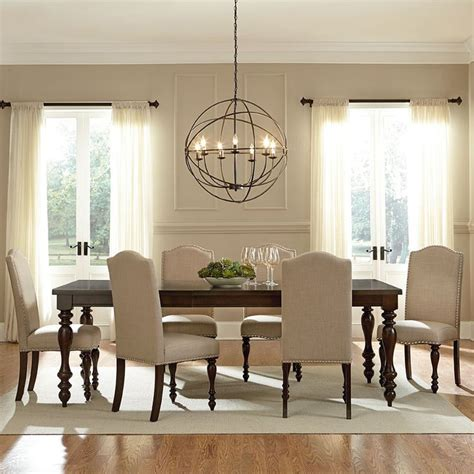 Light Fittings For Dining Room by Best 25 Dining Room Lighting Ideas On Dinning