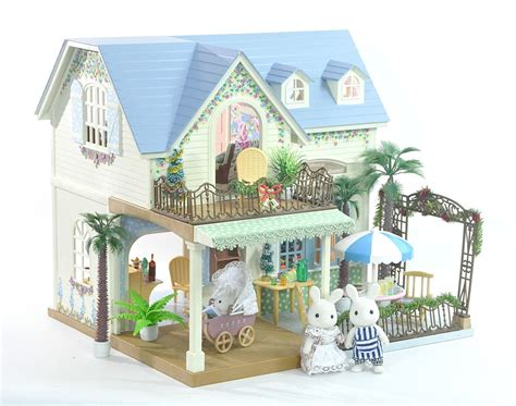 sylvanian haus fistuff sylvanian families decorated courtyard